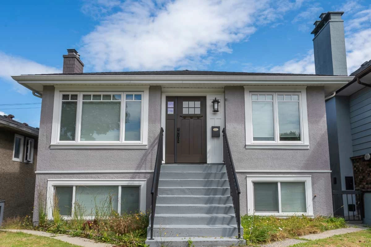 Burnaby-exterior-residential-painters